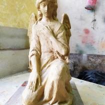 Модель ангела для памятника. Высота фигуры ангела - 37 см. Изготовление модели ангела из глины.