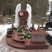 Памятник мальчику по индивидуальному заказу. Высота памятника мальчику - 180 см. Купить памятник на заказ - можно с сайта:  https://www.grand-ritual.kiev.ua