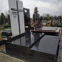 Фото индивидуального памятника. Цена памятника на заказ - согласно проекта.