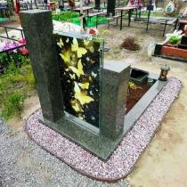 Цена памятника на заказ - доступна. Обратная сторона памятника с цветным портретом. Доступная цена памятника на заказ.