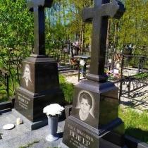 Изготовление памятника в форме креста в Киеве. Цена памятника с крестом - доступна.