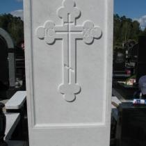 Установка креста из мрамора