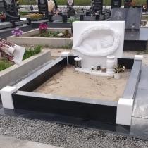 Заказать скульптуру младенца в мраморе - можно с сайта: https://www.grand-ritual.kiev.ua
