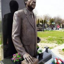 Скульптура из бронзы фото. Заказать бронзовую скульптуру - можно с сайта: https://www.grand-ritual.kiev.ua