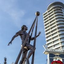 Скульптура з бронзи, скульптура продаж, виготовлення, встановлення.