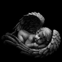 На фото новая скульптура ангела, уже в разработке - для памятника новорождённому младенцу. Уникальная модель скульптуры ангела уже создана; по ней изготовят ангелочка для детского памятника.