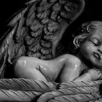 Фото ангела для детского памятника; новый ангелочек для детского памятника. Новая скульптура ангела из бетона, будет установлена на городском кладбище Берковцы в г. Киеве весной 2017го года.