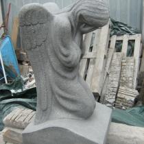 На фото статуя из гранита. Размеры ангела из гранита: 90 х 50 х 40 см. Цена ангела - от $ 3 тыс.