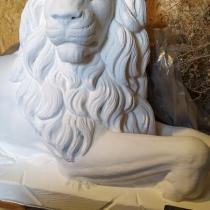Фото скульптуры льва. Размеры льва для памятника: 130 х 72 х 40 см. Цена льва для памятника - 25 тыс. грн.