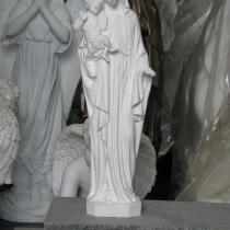 На фото статуя Богородицы с младенцем из полимера. Размер статуи из полимера 50 см. Доступная цена Богородицы с младенцем из полимера - 5 тыс. грн. Купить статую из полимера, можно с сайта сейчас.