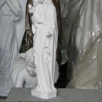 Статуя Богородицы с младенцем из полимера. Фото статуи из полимера - в магазине Ритуальной скульптуры в Киеве. Высота статуи из полимера 50 см. Цена Богородицы из полимера - доступная.
