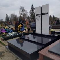 Комплекс на одного человека класса Люкс. Изготовление элитных памятников в Киеве.