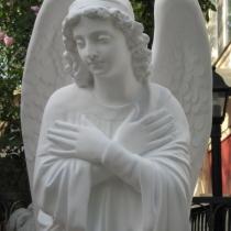 Новая модель ангела на складе в Киеве. Фото молящегося ангела из декоративного бетона. Скульптура ангела сразу после покраски, гарантия на скульптуру 10 лет, цена статуи ангела 39 тыс. грн.