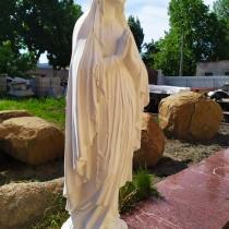 Памятник Богородице. Купить статую Богородицы для памятника - можно с сайта: https://www.grand-ritual.kiev.ua