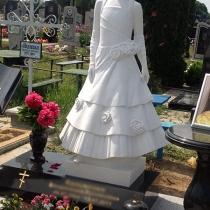 Детский памятник из мрамора на заказ. Высота памятника ребёнку - 120 см.
