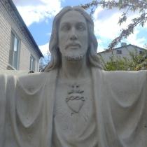 Высота статуи - 2 м. Новая скульптура Иисуса Христа. Заказать скульптуру Иисуса Христа - можно с сайта: http://www.grand-ritual.kiev.ua